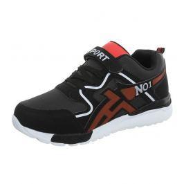 Fiúk stílusos cipők