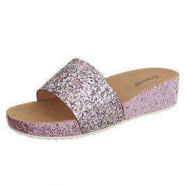Női divatos papucsok